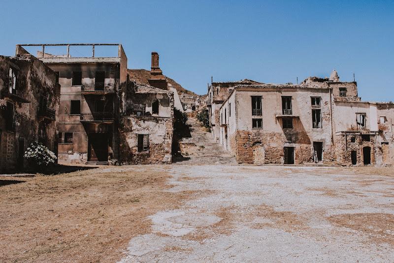 Il terremoto ci portò via - Poggioreale  di AdrianoPerelli
