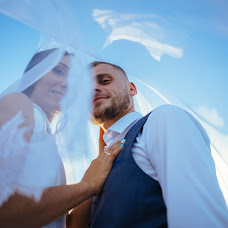 Wedding photographer Anna Kirillova (AnnaPhoto). Photo of 16.07.2018