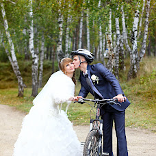 Wedding photographer Darya Berezovskaya (DariaBerezov). Photo of 15.04.2014