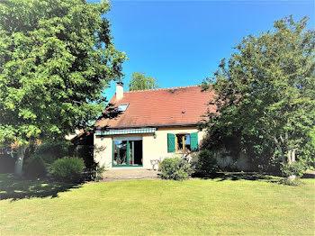 maison à Mehun-sur-Yèvre (18)