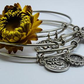 Adereços by Carlos Costa - Artistic Objects Jewelry ( decorative, bracelets, jewelry, accessories, flower,  )