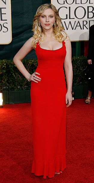 Scarlett Johansson in sexy red dress, Scarlett Johansson in red