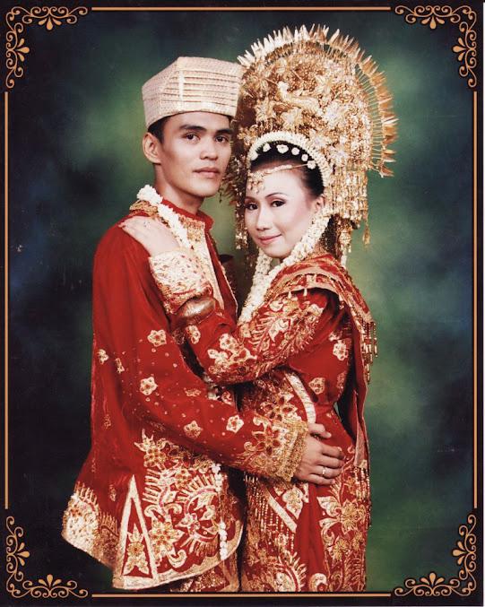 Pernikahan dengan adat sumatra