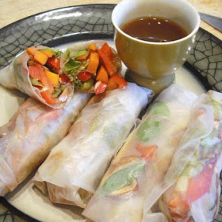 Super Quick and Easy Spring Rolls.