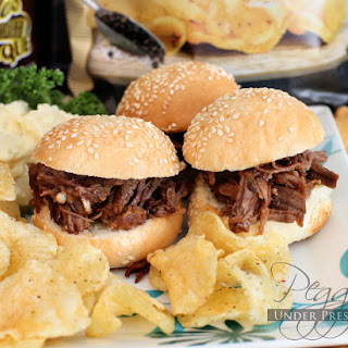 Memorial Day BBQ Beef Brisket Sliders {Electric Pressure Cooker Recipe}.