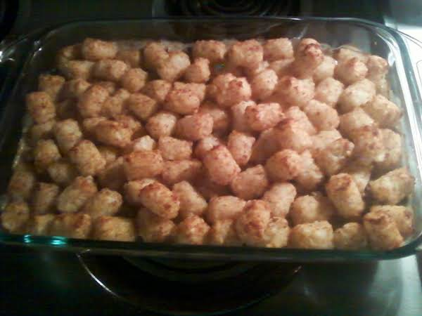 Easy Tater Tot Casserole. Yummy And Filling!
