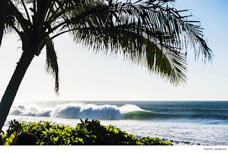 Photo: Rico Jimenez, Pipeline. Photo: Gordon #surfer #surferphotos