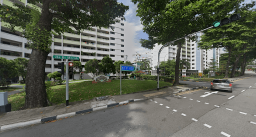 7 Arrested For Allegedly Rioting With Karambit Knife In Bukit Merah, Police Investigating