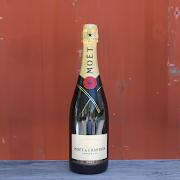 NV Moet & Chandon Champagne - Pinot Noir, Pinot Meunier, Chardonnay