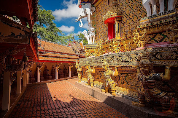 Stop at Wat Bang Riang Temple in Phang Nga
