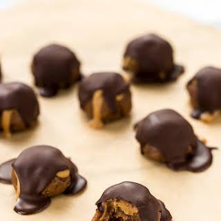 Peanut Butter Cacao Crunch Date Caramel Truffles.