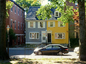 Photo: This house somehow reminds me of the Five Sisters in San Francisco.