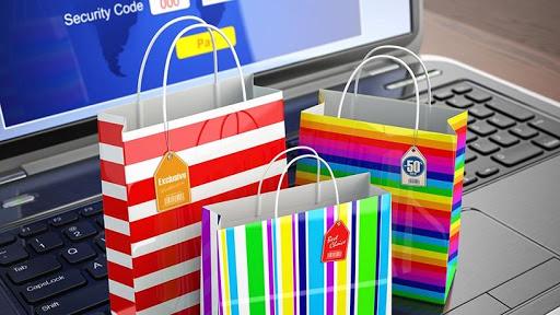 Despite payment frustrations, local shoppers splurged big online on Black Friday.