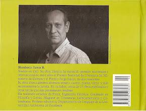 Photo: Contra-Carátula del libro El rumor de los seres. Humberto Jarrín B.