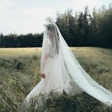 Wedding photographer Viktor Korneev (Viktore). Photo of 27.07.2016