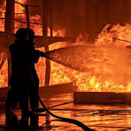 Burnout by Tony Wilson - People Professional People ( fire fighter, edenvale, south africa, firefighting, training )