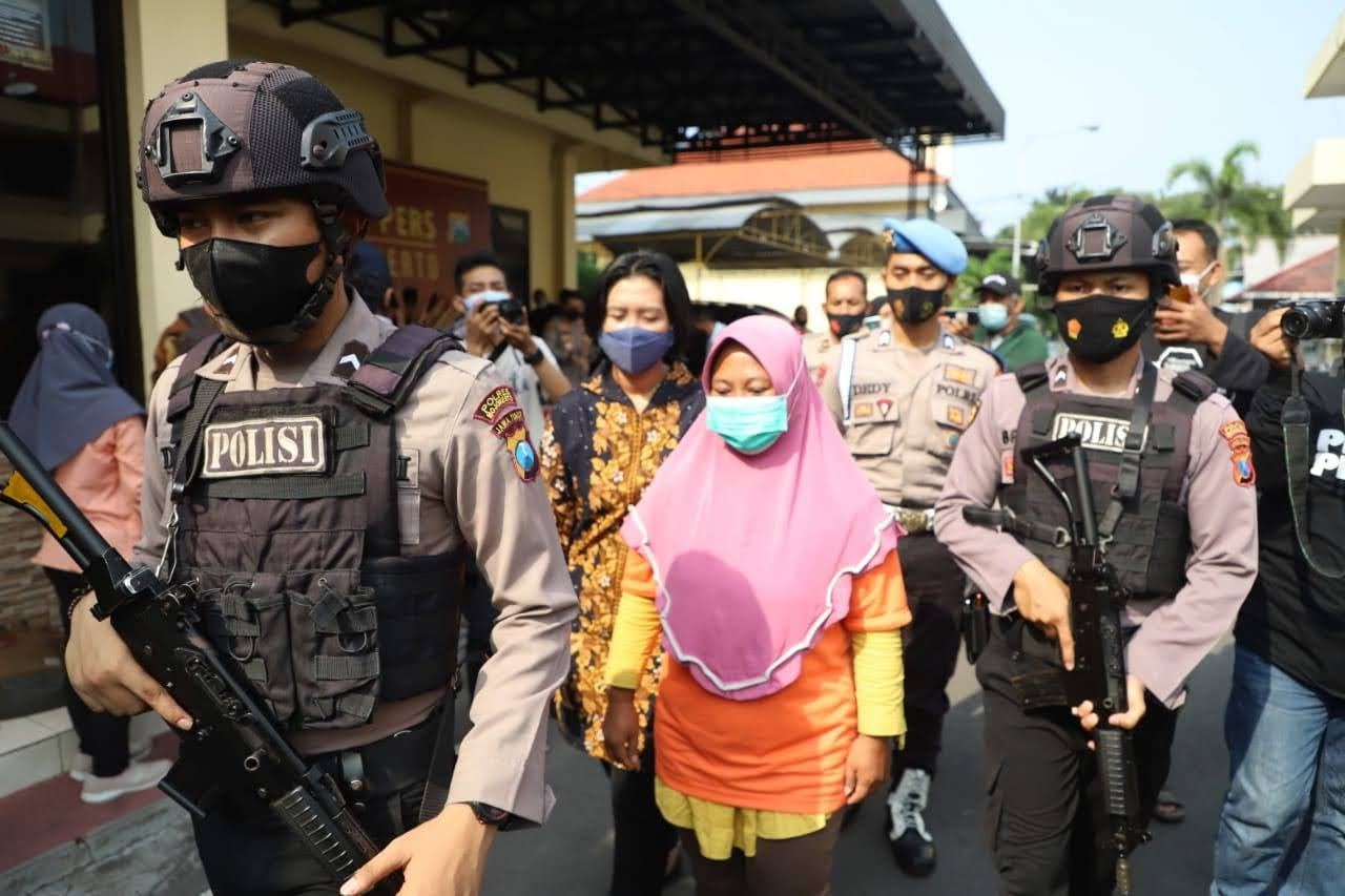 Polisi Mojokerto Berhasil Ringkus Penipu Arisan Lebaran Senilai 1 Miliar