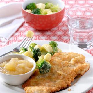 Varkensschnitzels Met Appelcompote En Broccoli Aardappelsalade