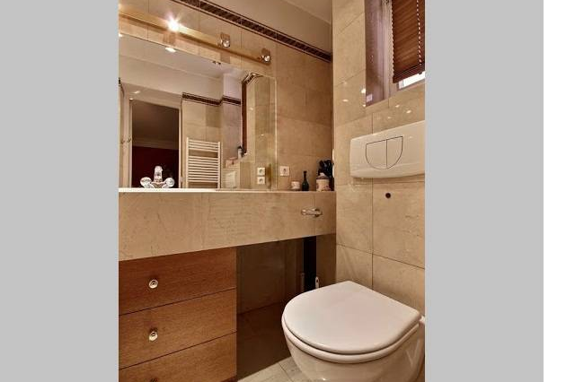 Toilet at 3 bedroom Serviced Apartment Victor Hugo