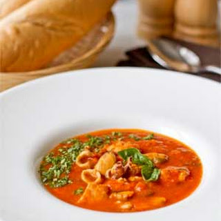 Tomato Puree Soup with Seafood Mix