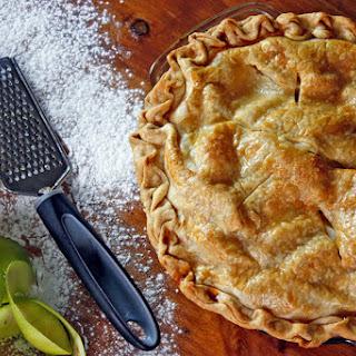 Grandma Denoya's Apple Pie