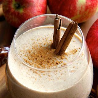 Caramel Apple Overnight Oatmeal Smoothie.