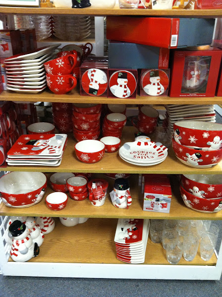Photo: I love all of the holiday dishes at Kohl's. Every year they have the cutest designs! I'm in love with the snowmen this year.