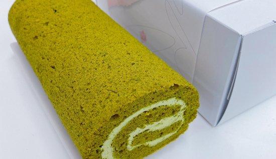 健康に良い!伊勢茶を使った米粉ロールケーキ!