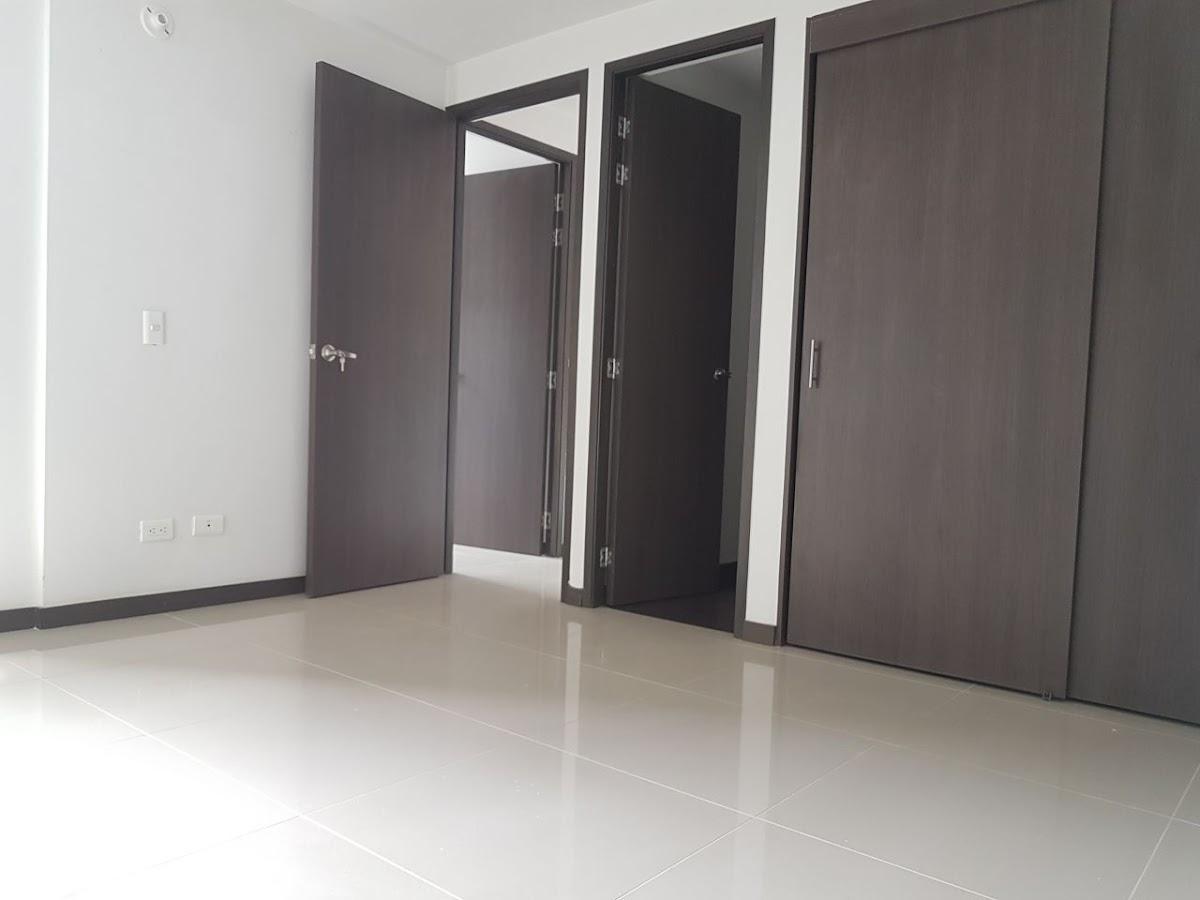 apartamento en venta niquia 824-471