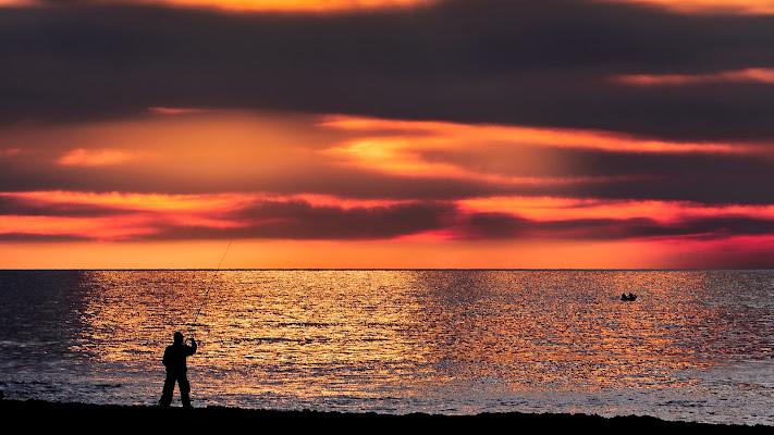 Il pescatore ed il tramonto di AndreaFivre