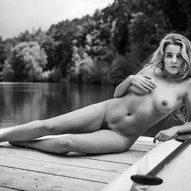 by the lake by Reto Heiz - Nudes & Boudoir Artistic Nude ( outdoor, nudephotography, nude, blackandwhitephotography, nudeart )