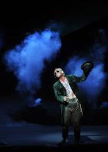 Photo: WIEN/ Burgtheater: DER ALPENKÖNIG UND DER MENSCHENFEIND von Ferdinand Raimund. Inszenierung: Michael Schachermaier. Premiere 29.9.2012. Johannes Krisch. Foto. Barbara Zeininger.