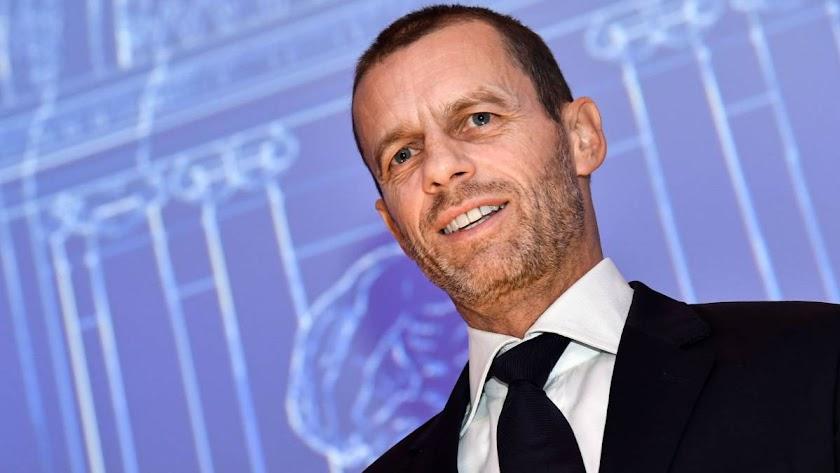 Aleksander Ceferin espera que los Estadios se llenen pronto.