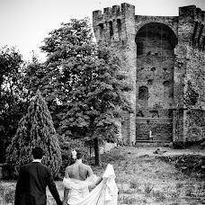 Wedding photographer CARLO BARTOLOZZI (fotografiatreia). Photo of 03.04.2015