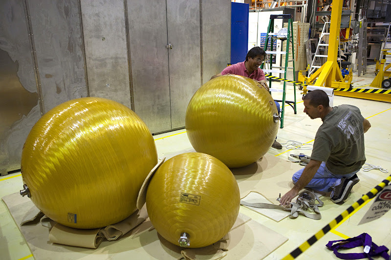 Photo: United Space Alliance technicians secure several of space shuttle Endeavour's main propulsion system tanks after they were removed from the orbiter's mid-body, at NASA's Kennedy Space Center in Florida, on March 21, 2012. The tanks will be retained for possible future use on the agency's Space Launch System Program. (NASA/Dimitri Gerondidakis) - Via In Focus: http://theatln.tc/GXlgMp