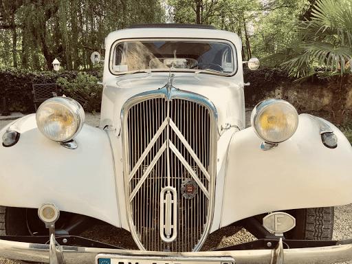 Visite de Paris en Citroen Traction et 2cv