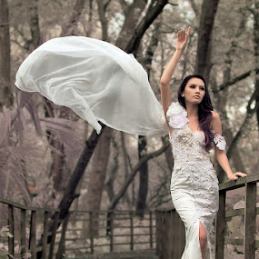 broken white by Arnold James - People Fashion
