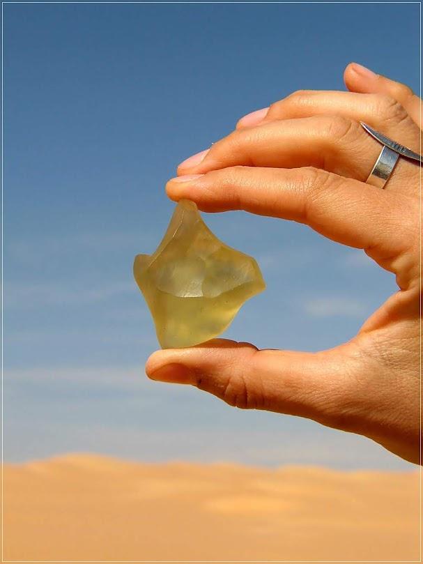 O misterioso Vidro do Deserto da Líbia