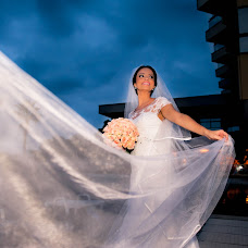 Wedding photographer Lívia Paladini (paladini). Photo of 02.10.2015