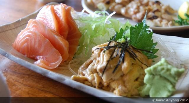 uni and salmon sashimi