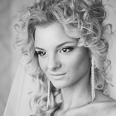 Wedding photographer Valentina Odnolko (Odnolko). Photo of 27.11.2012
