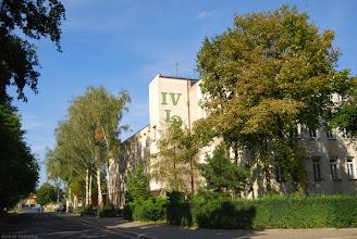Photo: Budynek szkoły od strony skrzyżowania ulic Tarasa Szewczenki (do 2009 Pancerna) i Sejmowej.