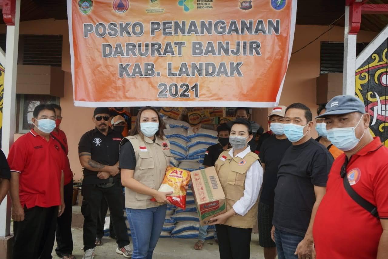 Baguna Kalbar Salurkan Bantuan ke Posko Bantuan Banjir Landak