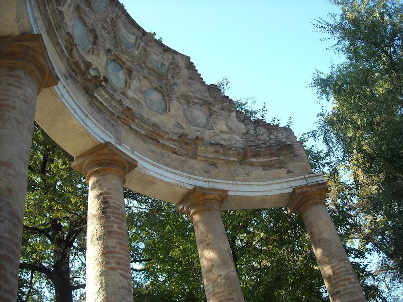 Archi Romani?! di Julia Arioli