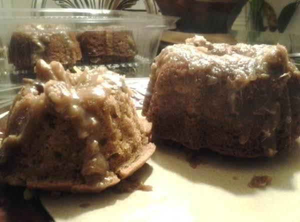 Bundtchess Of Apples & Oats Cake