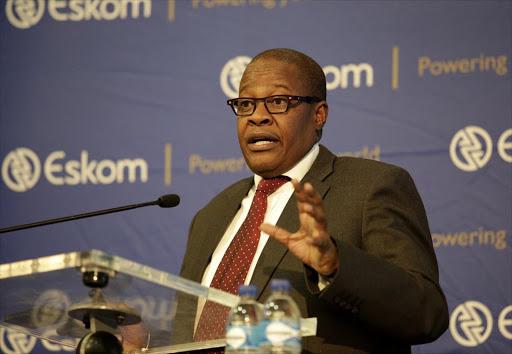 Brian Molefe betaal R100,000 - met R608,000 om te gaan - soos Solidariteit die balju noem - TimesLIVE