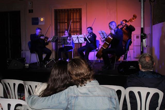 Ensemble Diesis interpretando Love Theme de N. Rota… de El Padrino