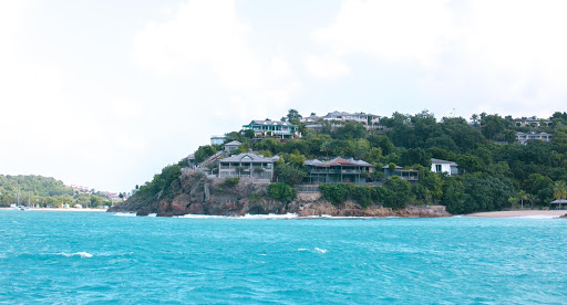 antigua-coastline-2.jpg - The coastline along the western side of Antigua.