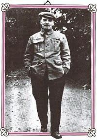 Lenin tritt aus dem Rahmen.