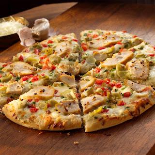 White Garlic Chicken Pizza.